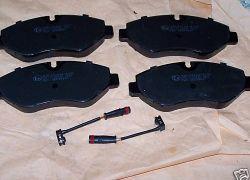 Brzdové destičky přední náprava Sprinter + VW Crafter od 2006