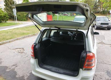 opel-zafira-mpv-biely-19-cdti-diesel-110-kw-ver-sport-large (11)