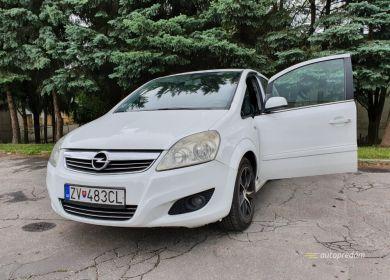 opel-zafira-mpv-biely-19-cdti-diesel-110-kw-ver-sport-large (16)