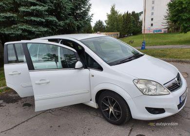 opel-zafira-mpv-biely-19-cdti-diesel-110-kw-ver-sport-large (17)