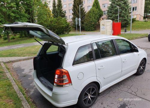 Predám Opel Zafira (MPV. biely, 1,9 Cdti (diesel. 110 kW (ver. šport. r. v. 2008, 159 000 km